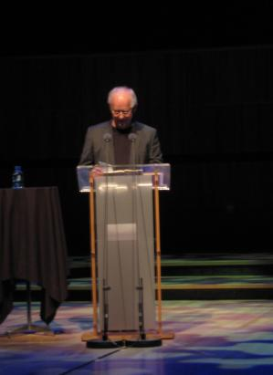 Bill Manhire reading his poems